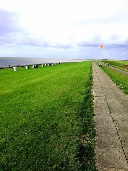 Blick vom Deich auf die Nordsee